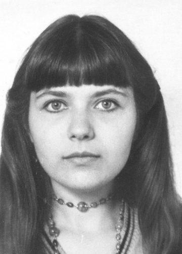 Yelena, 1984 passport pic