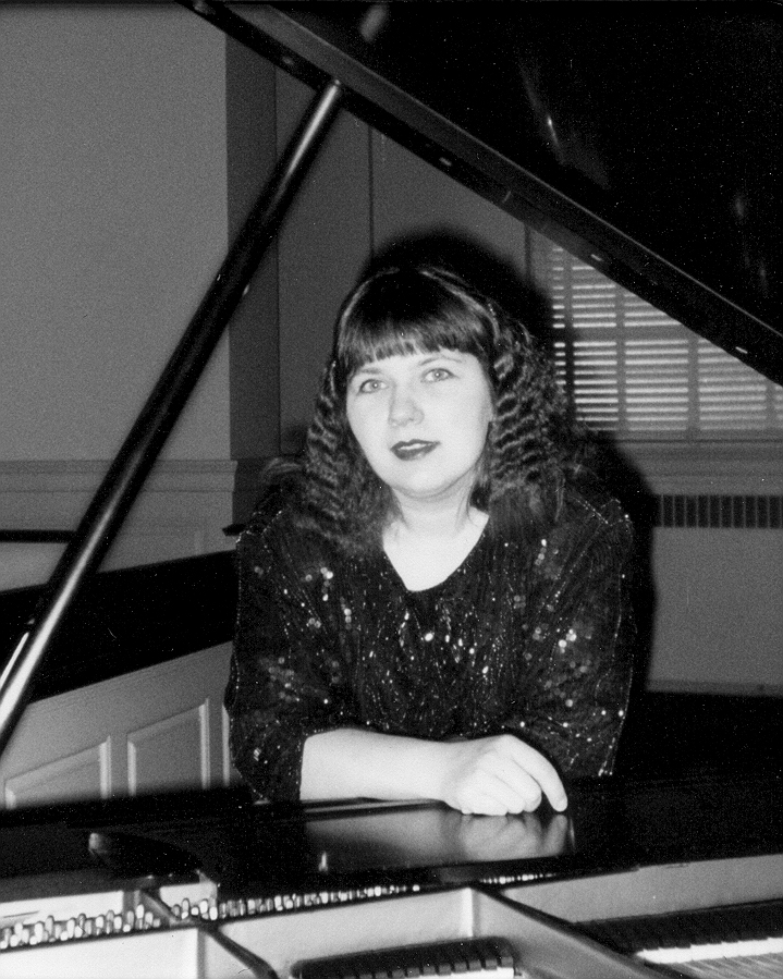 Yelena at grand piano-B, 94