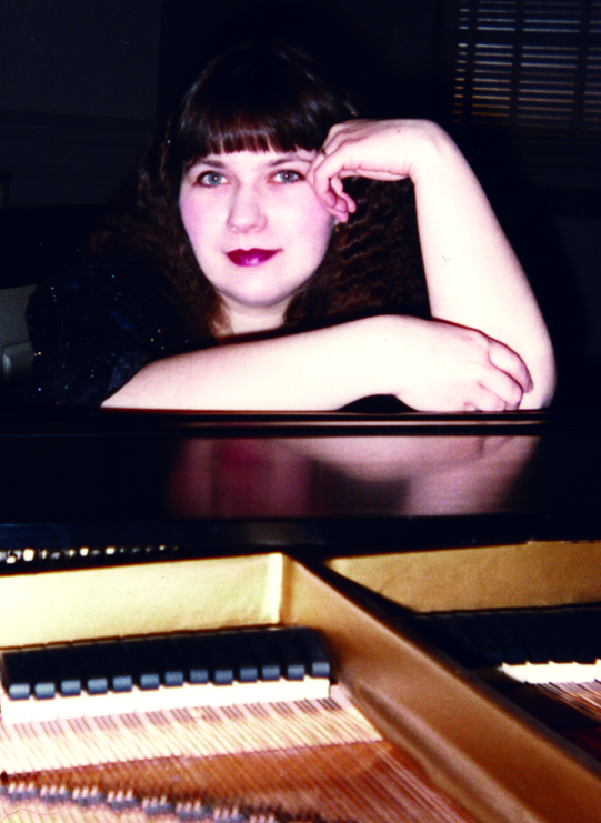 Yelena , piano portrait, 93